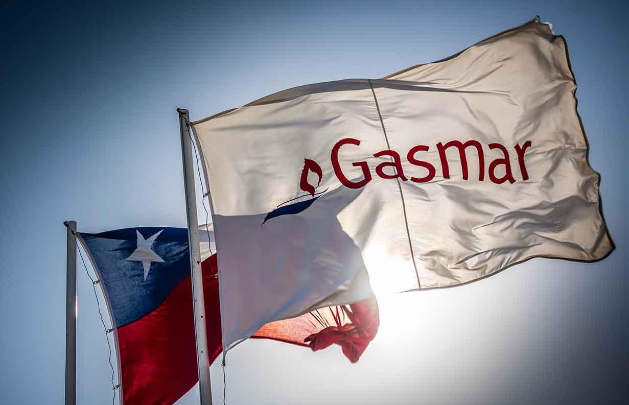 Gasmar incorpora a dos jóvenes a su planta en el marco del Programa de Aprendices